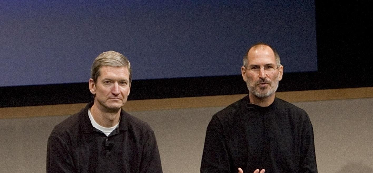 tim_cook_steve_jobs